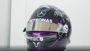 Hamilton contro il razzismo, anche il casco è nuovo