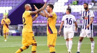 Vidal tiene vivo il Barça. L'Atletico, in dieci, batte il Betis