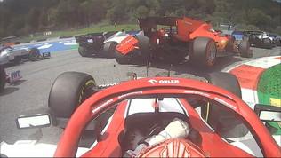 Disastro Ferrari: scontro Leclerc-Vettel e ritiro
