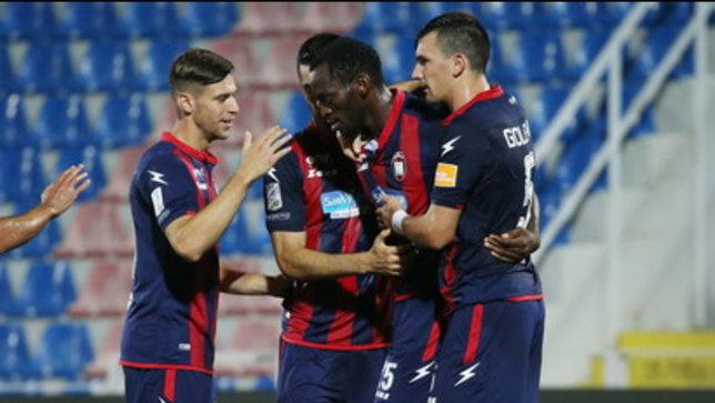 Crotone ipoteca la A | Scatto playoff Salernitana | Cosenza e Trapani sperano