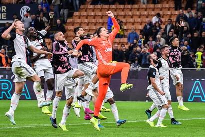 6/10/19 Inter-Juve 1-2 - a San Siro i bianconeri danno una lezione di calcio all'ex Conte (alla prima sconfitta con l'Inter) e sorpassano i nerazzurri in vetta (+1).