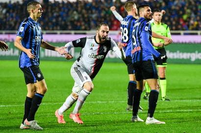 23/11/19 Atalanta-Juve 1-3 - Con CR7 fuori, Dybala e Higuain ribaltano la Dea in 20' e conservano la vetta. Un'altra rimonta per la Juve, che è la squadra che ha guadagnato più punti (9) da situazioni di svantaggio.