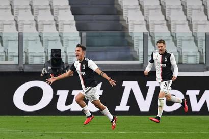 8/3/20 Juve-Inter 2-0 - appena prima del lockdown, in uno Stadium deserto, la squadra di Sarri fa suo il derby d'Italia e torna al comando del campionato scavalcando la Lazio (+1).