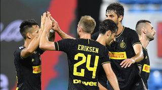 L'Inter annienta la Spal, Conte mette pressione alla Juve