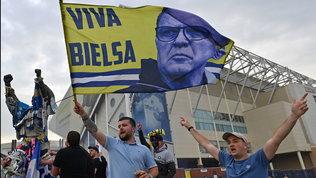 Festa Leeds, Bielsa lo riporta in Premier League dopo 16 anni