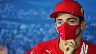 """Vettel: """"Testa alla gara"""". Leclerc: """"Possiamo giocarcela"""""""