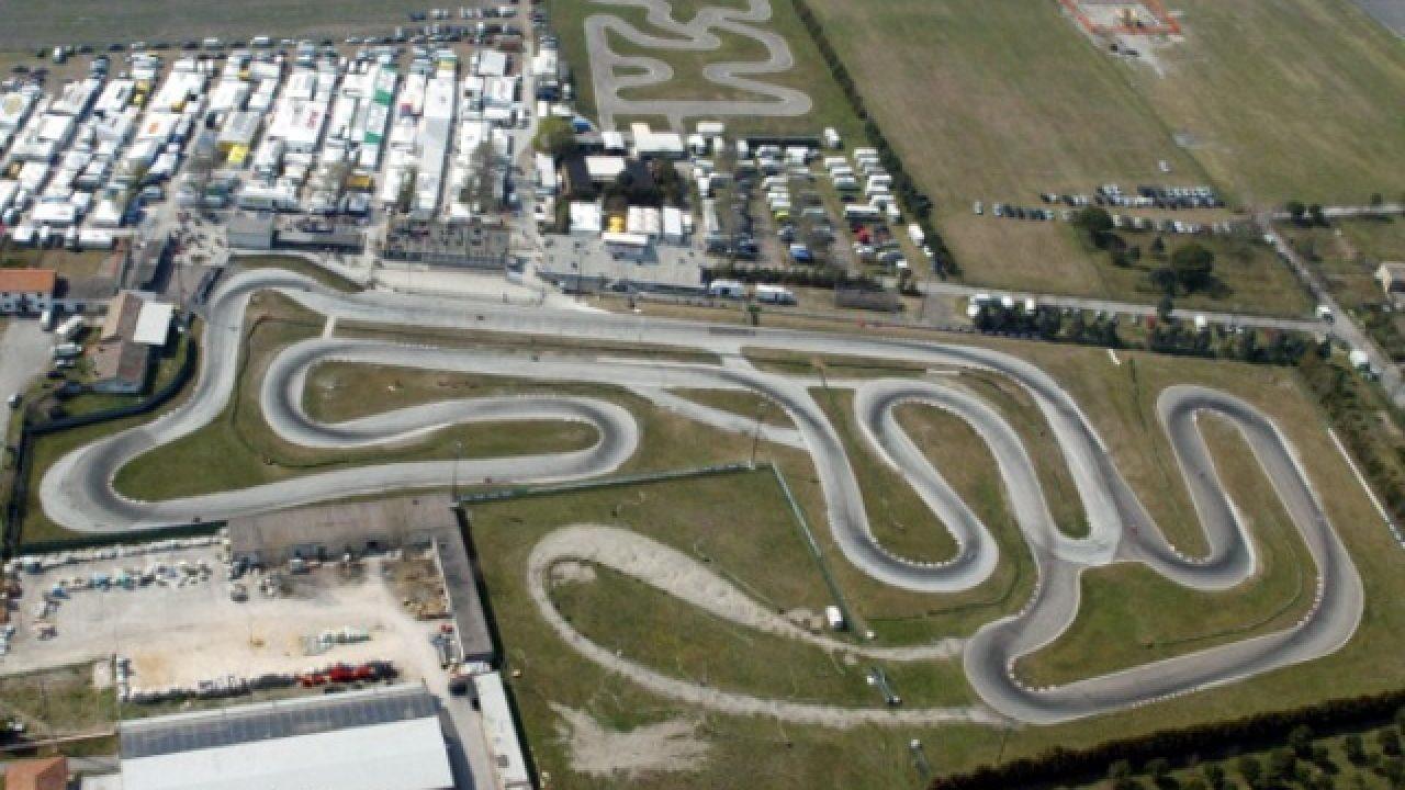 Nato nel 1973, 11 curve, 2507 metri di lunghezza.
