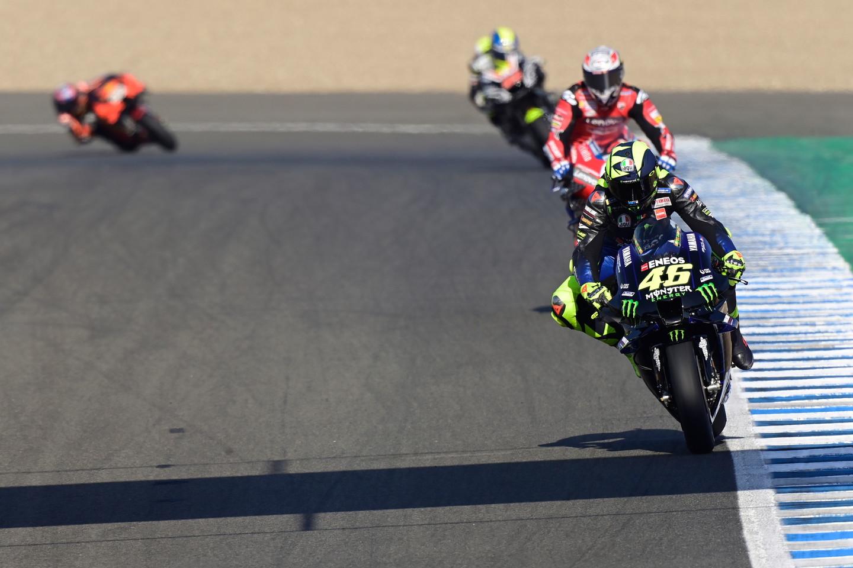 La MotoGP torna in pista a Jerez per il GP dell'Andalusia. Attesa per l'otto volte campione del mondo Marquez che ha saltato la sessione odierna per tornare a correre sabato tra libere e qualifiche