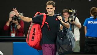 Roger Federer torna ad allenarsi dopo l'operazione