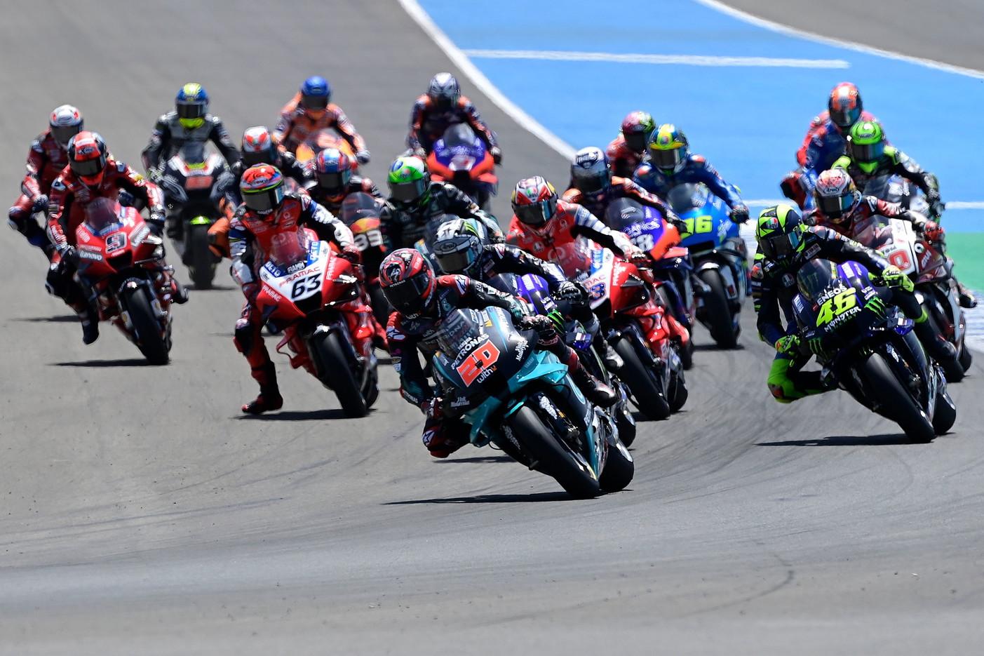Il pilota francese, in sella alla Yamaha del team Petronas, bissa il successo della scorsa settimana a Jerez de la Frontera