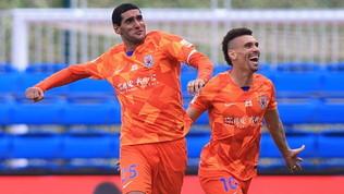 Fellaini, dal Covid alla tripletta: Hamsik e Benitezsi arrendono