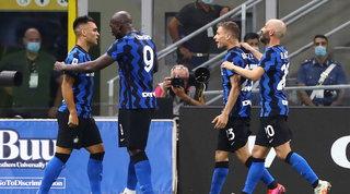 D'Ambrosio e Lautarostendono il Napoli: l'Inter resta seconda