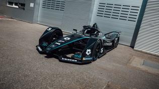 E' stata svelata la nuova grafica per le gare di Berlino che chiuderanno il campionato delle monoposto elettriche.