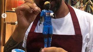 """Osimhen """"già"""" a Napoli: la statuetta è nel presepe"""