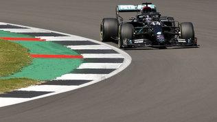 Hamilton fa 91, record e settima pole a Silverstone