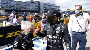 """Hamilton: """"Pole faticosa"""". Bottas deluso, Verstappen """"si arrende"""""""