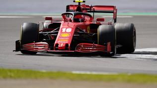 """Leclerc: """"Molta fortuna"""". Attacco di Vettel: """"Inguidabile così"""""""
