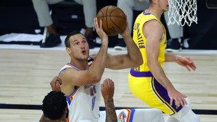 Nba: Gallinari sorride, i Thunder battono i Lakers. Toronto continua a correre