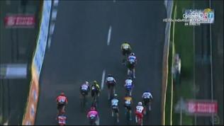 Terribile caduta al Giro di Polonia, Jakobsen in pericolo di vita