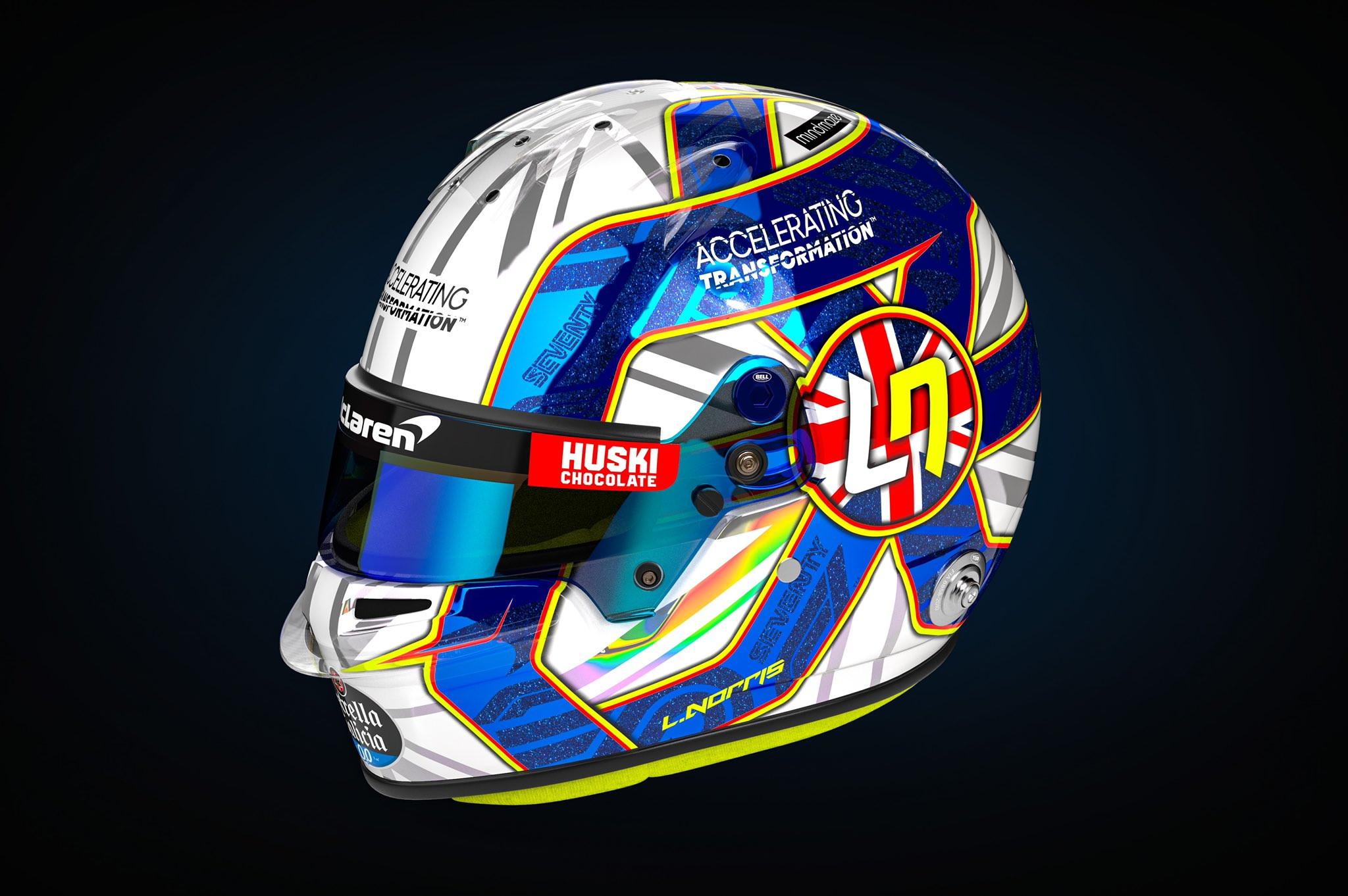 <p>Dopo il casco disegnato da una bambina di settimana scorsa, Lando Norris &egrave; tornato a indossare una livrea classica. Per il GP di casa e in occasione del 70.esimo compleanno della F1 l&#39;inglese ha optato per il blu e bianco glitterati.</p>