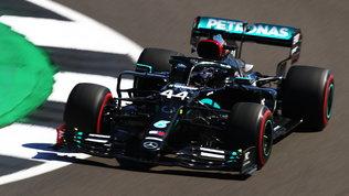 Hamilton replica a Bottas, male le Ferrari: Leclerc fatica, Vettel ko