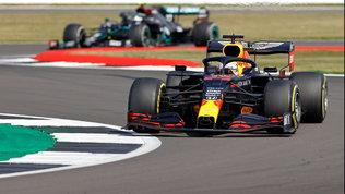 F1, a Silverstone vince Verstappen davanti a Hamilton e Bottas | Quarto Leclerc, Vettel 12esimo