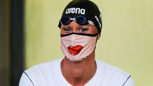 Pellegrini da baciare: mascherinapersonalizzata per il ritorno