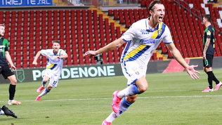 Il Frosinone ribalta il Pordenone e raggiunge lo Spezia in finale