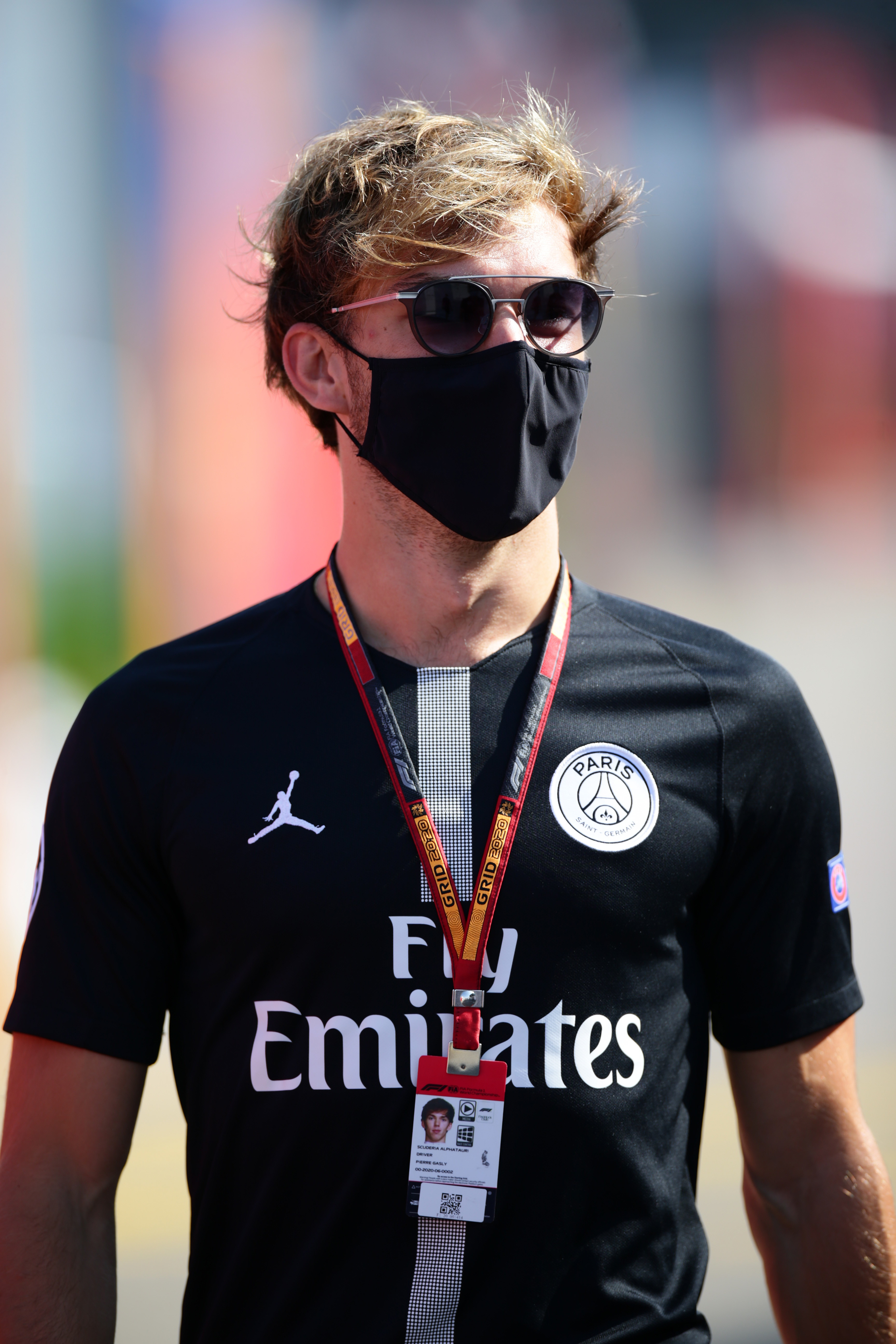 Tutto pronto per il fine settimana del GP di Spagna a Barcellona. Torna Perez, intanto nel paddock Gasly&nbsp;mostra ancora una volta il suo legame col mondo del pallone<br /><br />