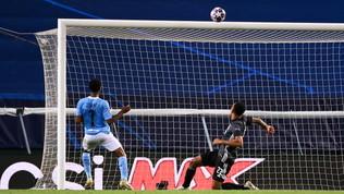 Sterling come Gagliardini: a porta vuota sbaglia un gol già fatto