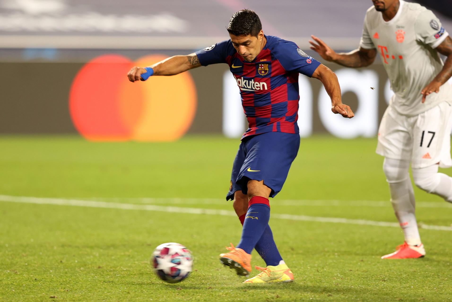 Luis Suarez: scaricato, si cerca la risoluzione del contratto