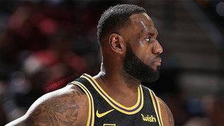 Lakers, promessa per playoff: in campo con la maglia disegnata daKobe