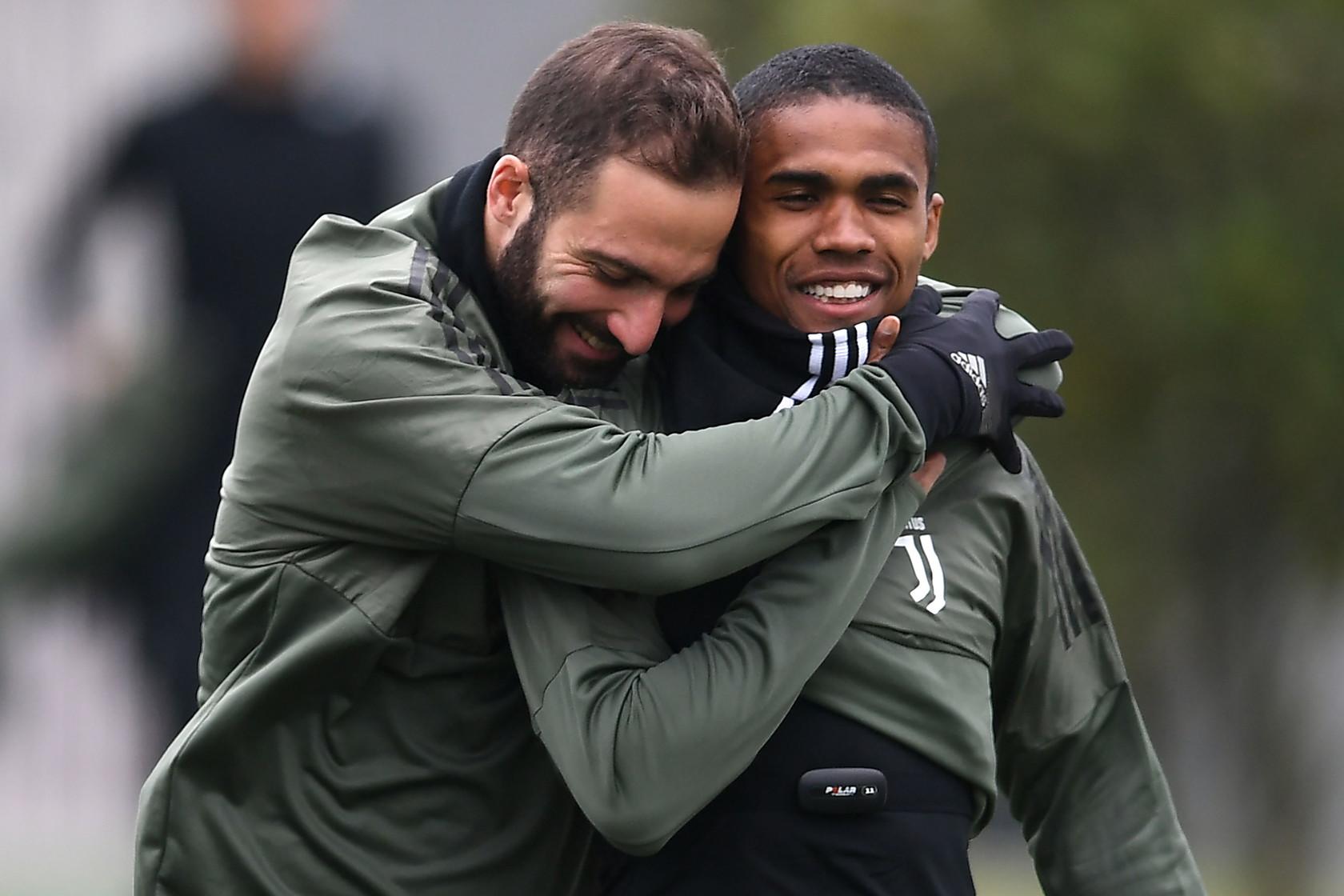 Mercato Juventus Non Solo Jimenez Premier League Chiave Per Le Cessioni News Sportmediaset