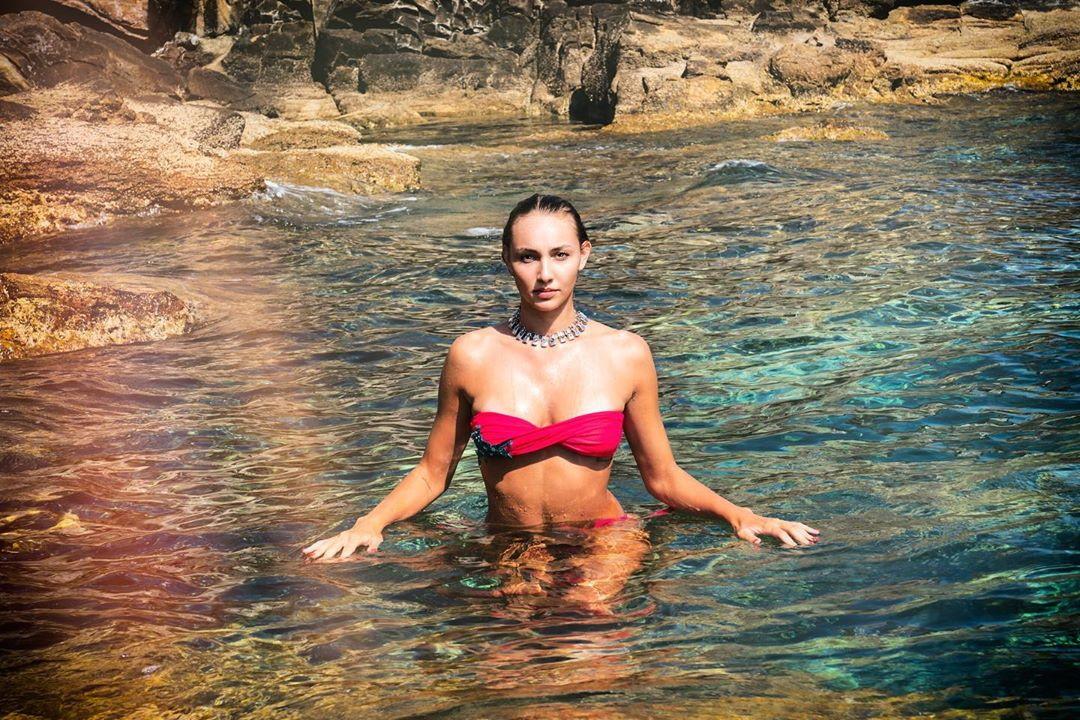 <p>Elena Pietrini, schiacciatrice della Savino Del Bene Scandicci, in versione modella.</p>