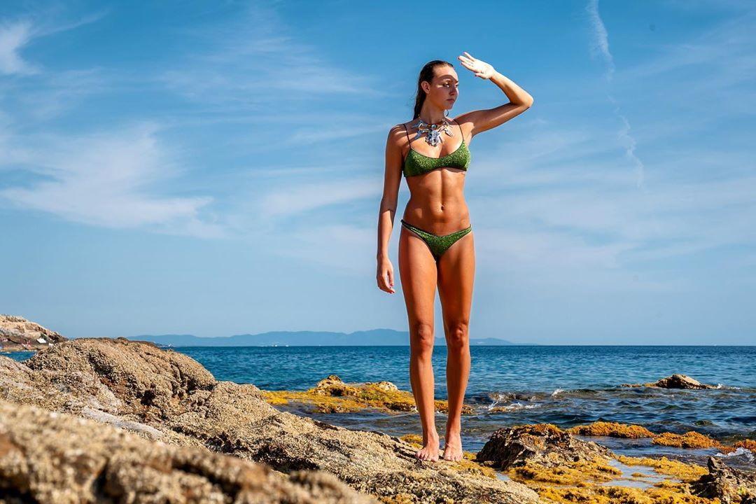 Elena Pietrini, schiacciatrice della Savino Del Bene Scandicci, in versione modella.