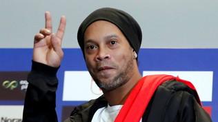 Ronaldinho, incubo finito: torna libero dopo 5 mesi in diretta tv