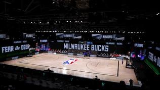 Nba, i Bucks boicottano gara-5 per il caso Blake: stop ai playoff