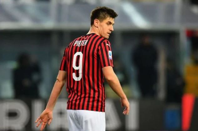 Krzysztof Piatek, 2019/20: grande seconda parte di stagione con la numero 19 (un gol ogni due gare) e poi solo 5 gol in 20 partite prima di essere ceduto