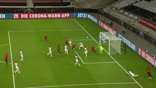 Spagna, il gol dell'1-1 di Gayà