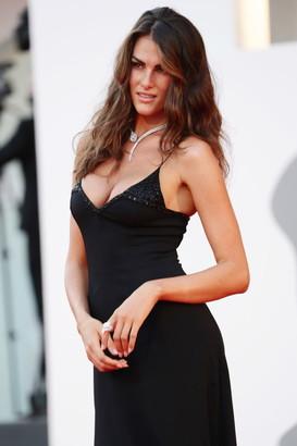 Francesca Sofia Novello, la bellissima modella fidanzata di Valentino Rossi, ha lasciato tutti a bocca aperta sul red carpet della 77esima Mostra del cinema di Venezia. Abito lungo nero e scollatissimo che esalta&nbsp;la sua bellezza abbagliante.&nbsp;<br /><br />