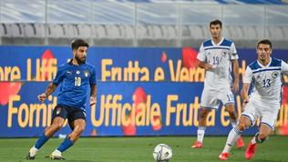 Sensi risponde a Dzeko, l'Italia riparte col freno a mano