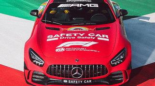 Anche Mercedes omaggia Ferrari: la Safety Car si veste di rosso