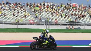 """Rossi: """"Obiettivo podio"""". Bagnaia: """"Tornato competitivo"""""""