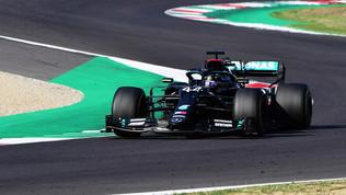 Hamilton si prende anche il Mugello: è a -1 daSchumi. Altro Calvario Ferrari