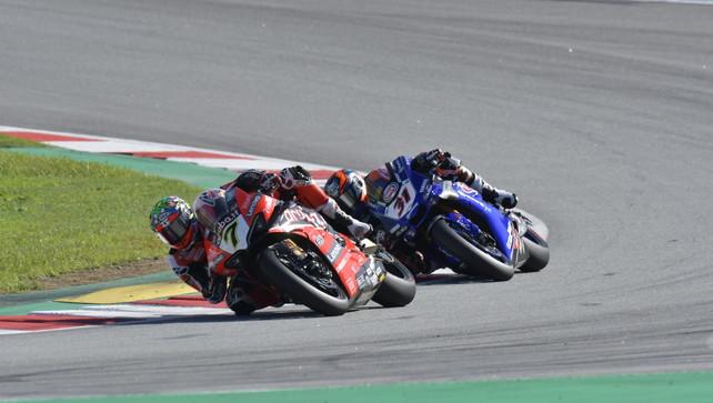 Davies rialza la Ducati in gara-2, ma Rea allunga ancora su Redding