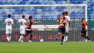 Genoa-Crotone: le foto della partita