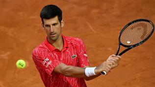 Djokovicè il Re di Roma: battutoSchwartzmanin due set