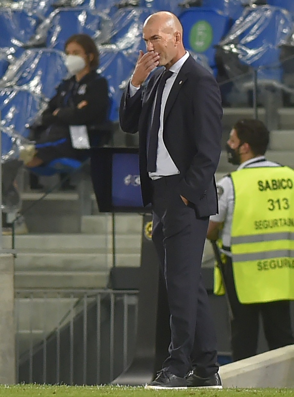 8) Zidane (Real Madrid): 25 voti
