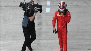 """Leclercarrabbiato con i box: """"Meglio calmarsi"""". Vettel: """"Sto bene"""""""