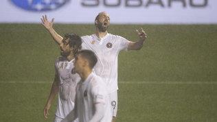 Higuain, esordio da incubo: rigore sbagliato, rissa e Inter Miami ko
